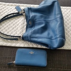 COACH Purse With Matching Wallet in Blue *GORGEOUS